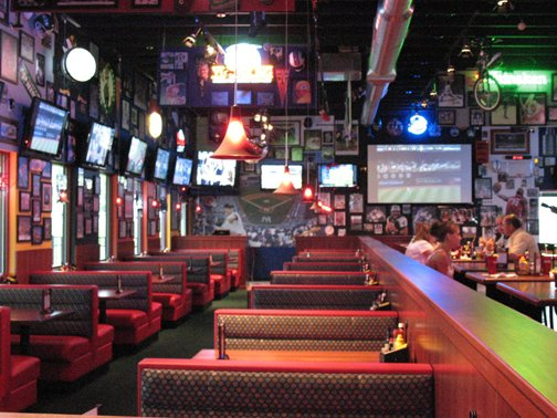 Utica College Sports Bar Opens In Verona NY Across From
